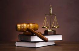 Tư vấn pháp luật và dịch vụ pháp lý